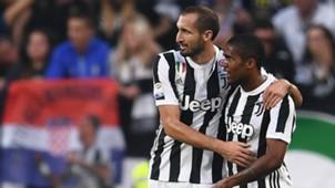 Giorgio Chiellini Douglas Costa Juventus