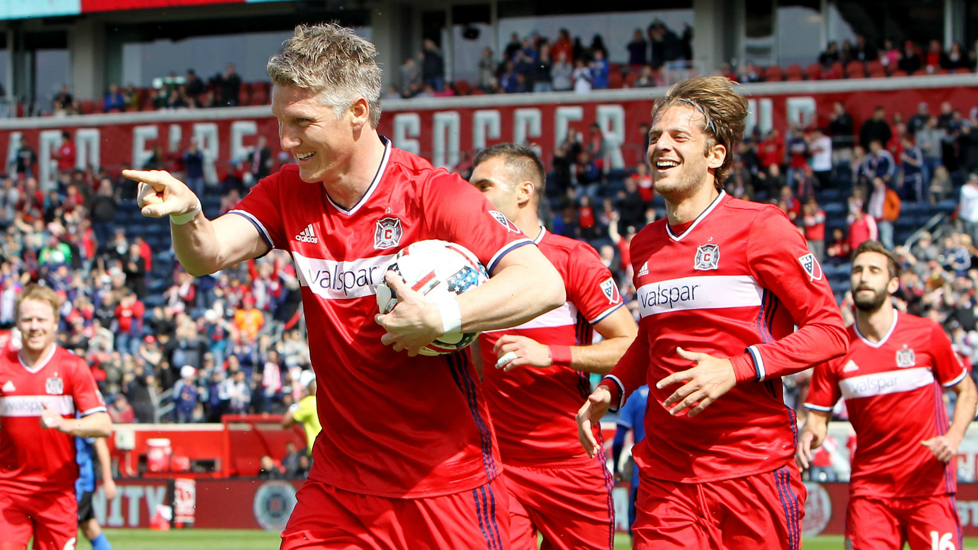 Bastian Schweinstieger goal celebration Chicago Fire MLS 040117