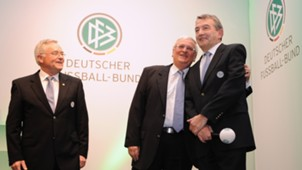 DFB Niersbach Zwanziger Schmidt 02032012