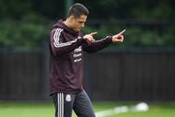 Javier Hernandez mexico training