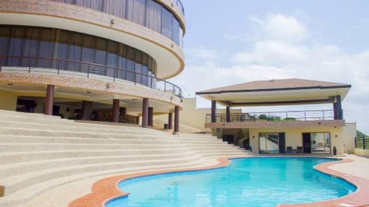 Asamoah Gyan Home