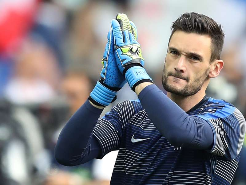 "Equipe de France, Hugo Lloris : ""Le vestiaire aussi attend beaucoup de Paul Pogba"""