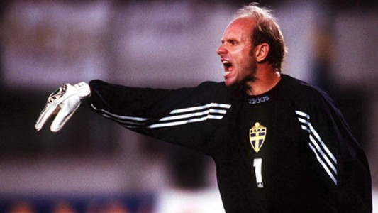Thomas Ravelli Sweden World Cup 1994.jpg