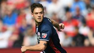 Kelyn Rowe New England Revolution MLS 041517