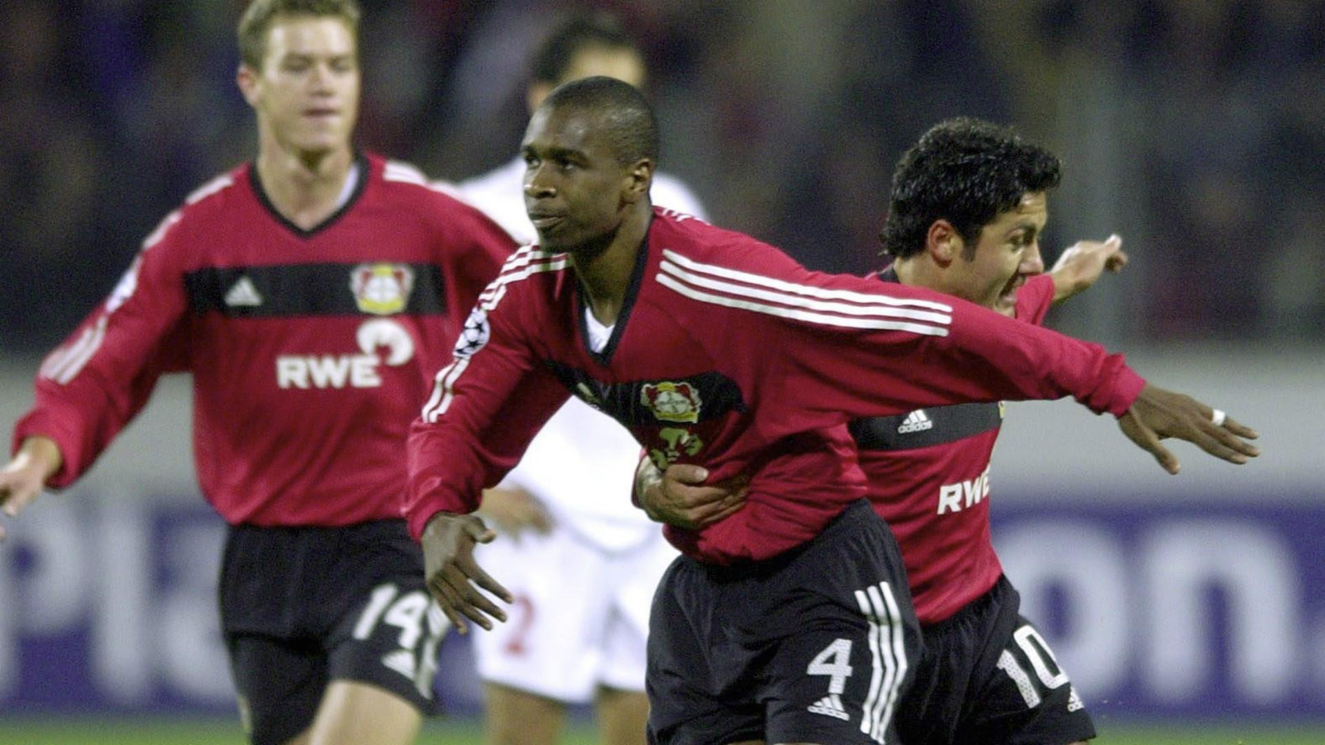 Juan Bayer Leverkusen 28102002