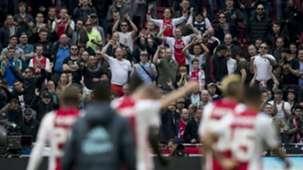 Ajax-supporters vieren feest, 02042017