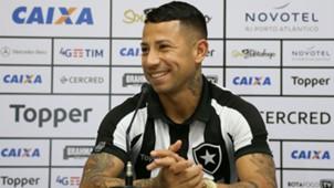 Leo Valencia apresentação Botafogo 03 08 2017