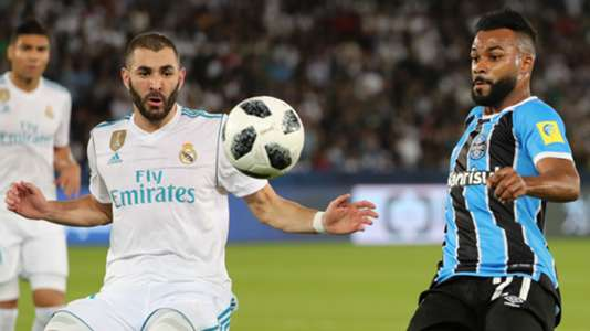Karim Benzema Fernandinho Real Madrid Gremio Club World Cup 16122017