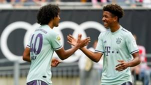 Joshua Zirkzee Chris Richards Bayern Munich 2018