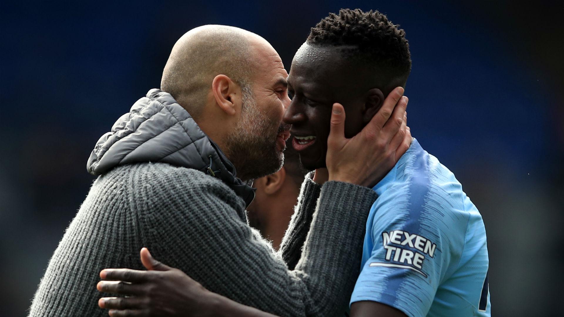 Pep Guardiola Benjamin Mendy Manchester City Crystal Palace