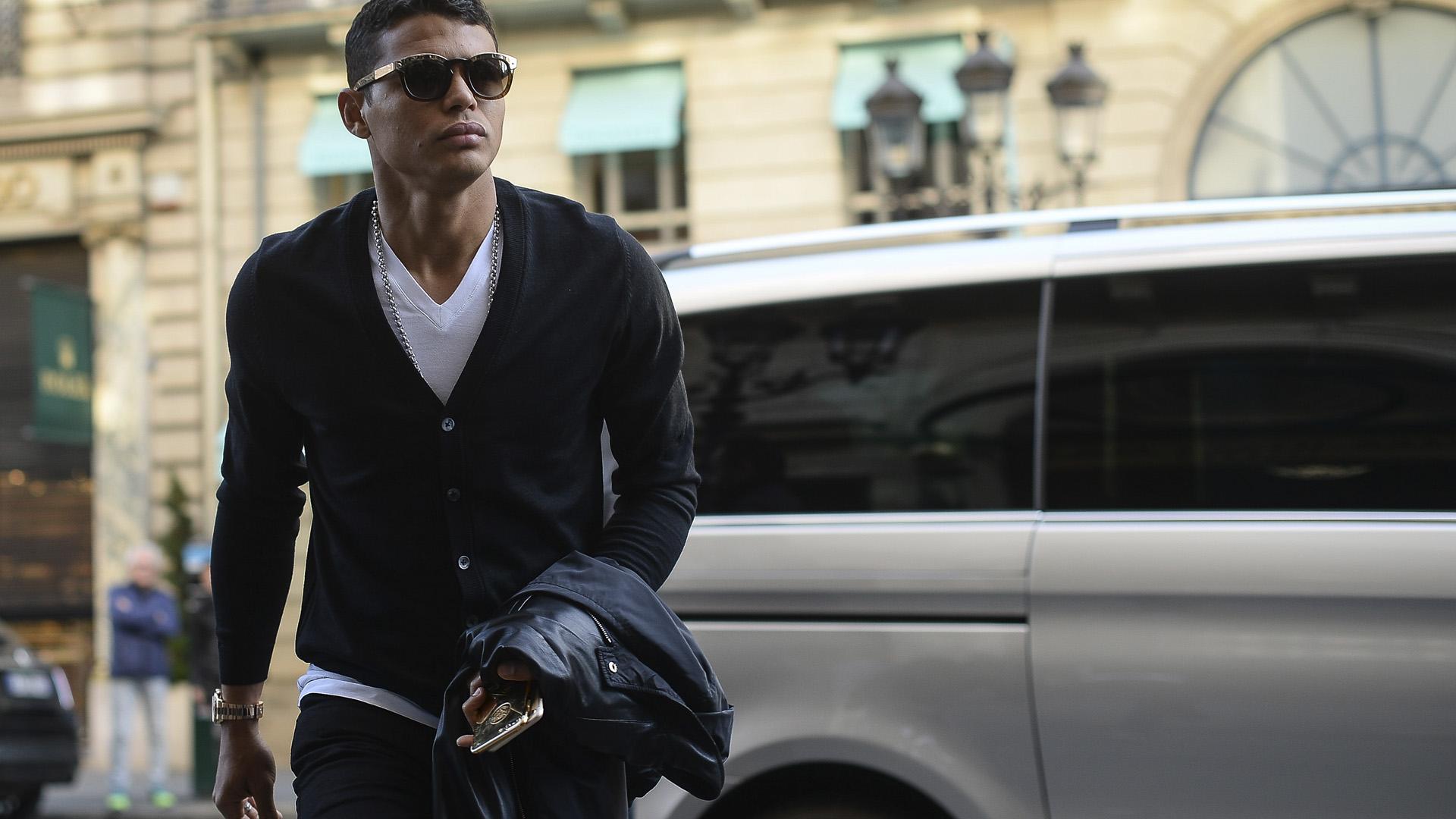 Thiago Silva Brasil apresentação em Paris 06 11 17