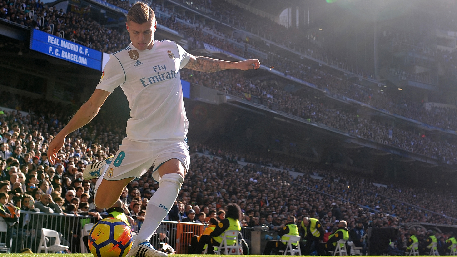 Toni Kroos Real Madrid 23120017