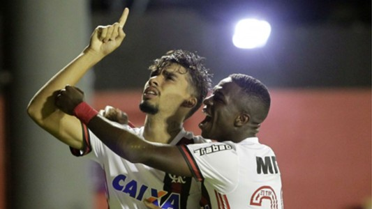 Lucas Paquetá Vinicius Junior Flamengo Vitória Brasileirão 14 04 2018