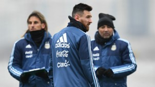 Lionel Messi Jorge Sampaoli Sebastian Beccacece Argentina Entrenamiento 07112017
