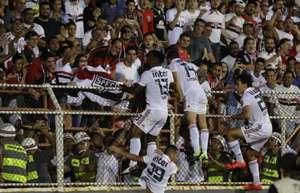São Paulo encerra jejum de 16 anos e avança à semifinal do Paulista