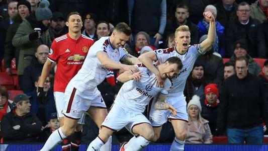 Ashley Barnes Burnley Manchester United