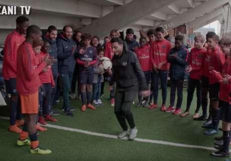 VIDEO: Freestyler Touzani embarrasses PSG wonderkids