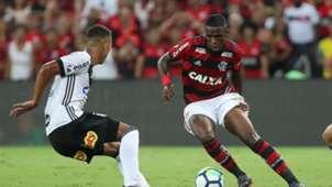Vinicius Junior Flamengo Ponte Preta Copa do Brasil 10052018