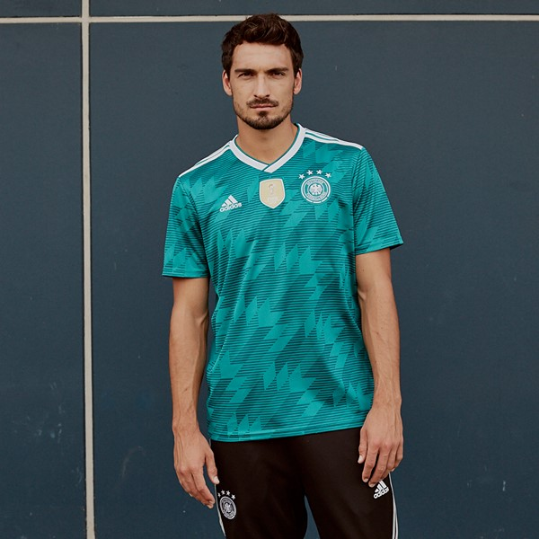 germany-2018-world-cup-away-kit (2).jpg