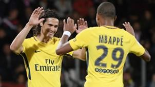 Edinson Cavani Kylian Mbappe Paris Saint-Germain Metz 08092017