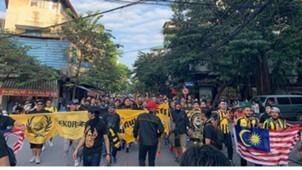 Ultras Malaya diễu hành ở Hà Nội 16/11