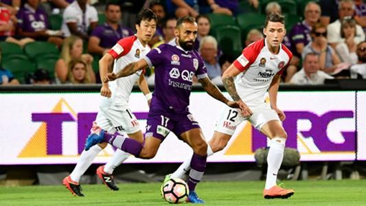 Diego Castro Perth Glory v Western Sydney Wanderers A-League 25022017