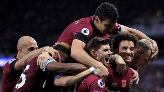 West Ham celebrating 2018