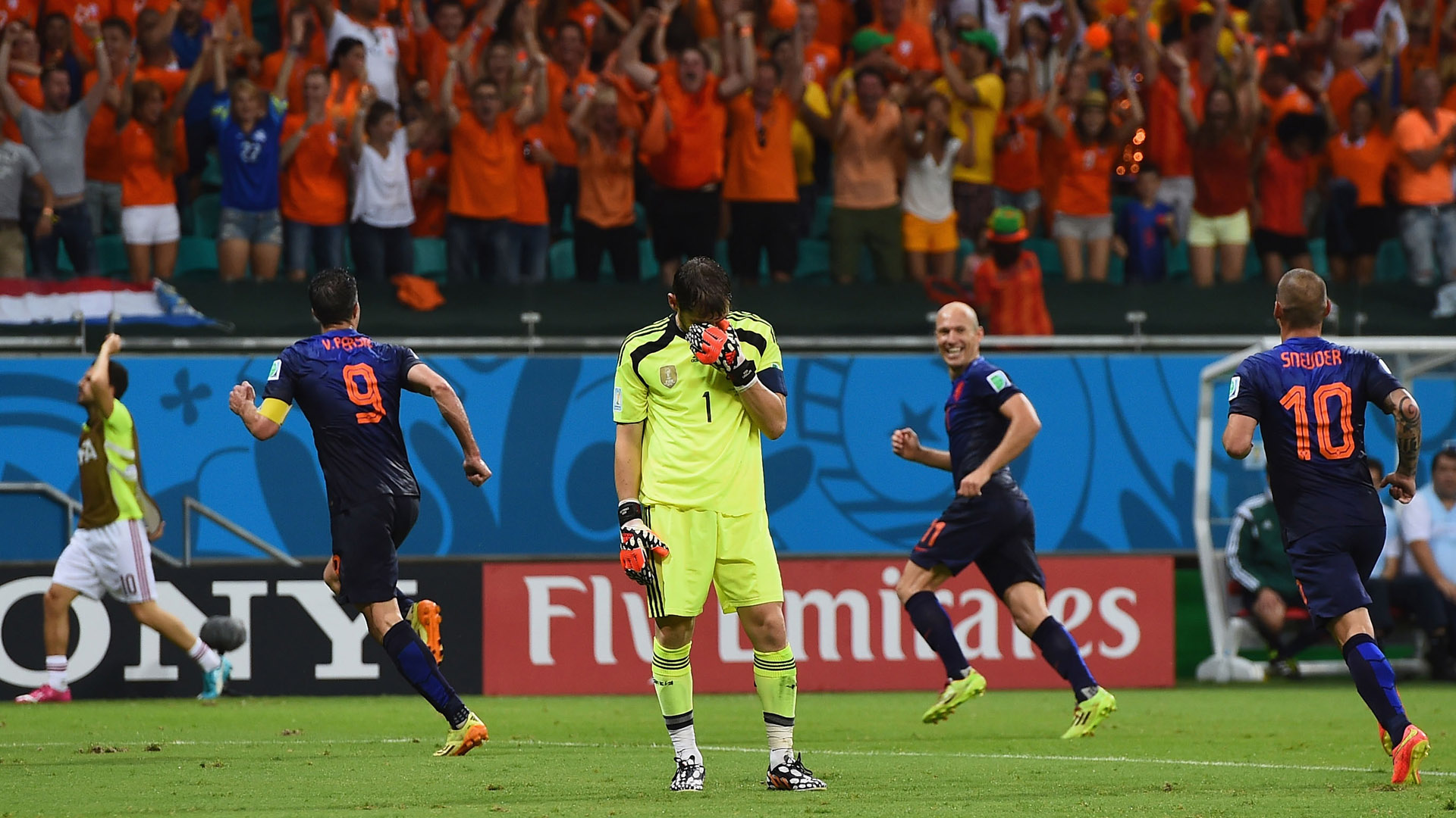 Netherlands Spain World Cup 2014