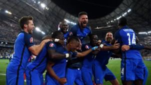 France celebrate vs Germany