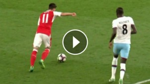 VIDEO PLAY Ozil Arsenal West Ham Premier League 05042017