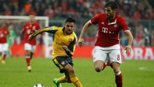 Alexis Sánchez Javi Martínez Bayern Arsenal 150217