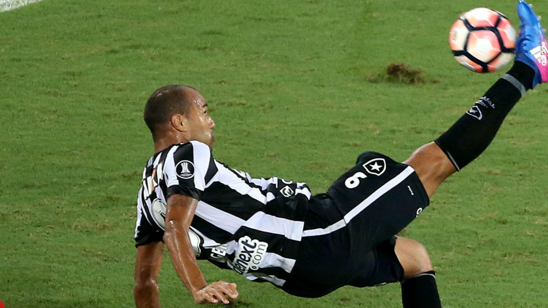 Roger Botafogo Estudiantes Libertadores 25 04 2017