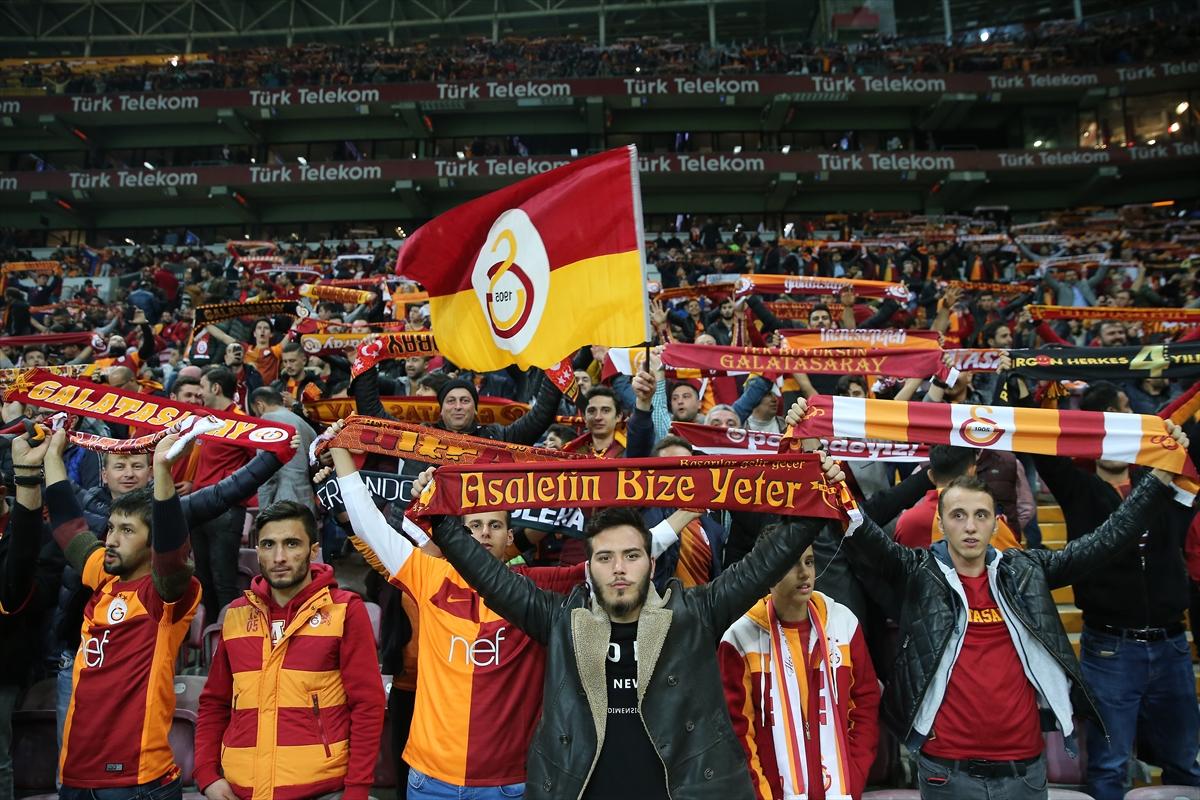 Galatasaray fans 3112017