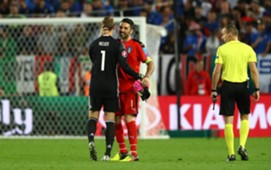 Manuel Neuer - Gianluigi Buffon
