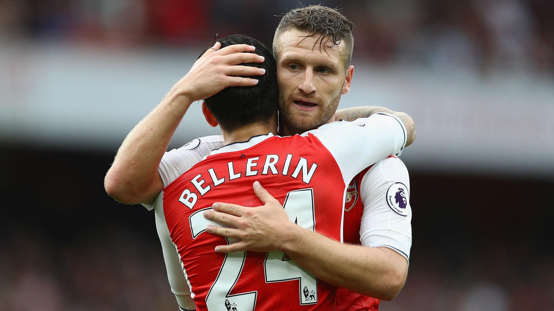 Shkodran Mustafi Hector Bellerin Arsenal