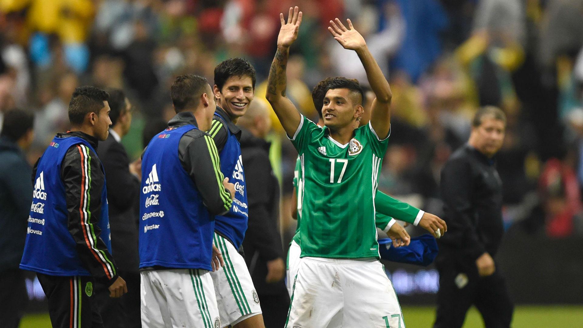 Jesus 'Tecatito' Corona causa baja de la Selección Mexicana