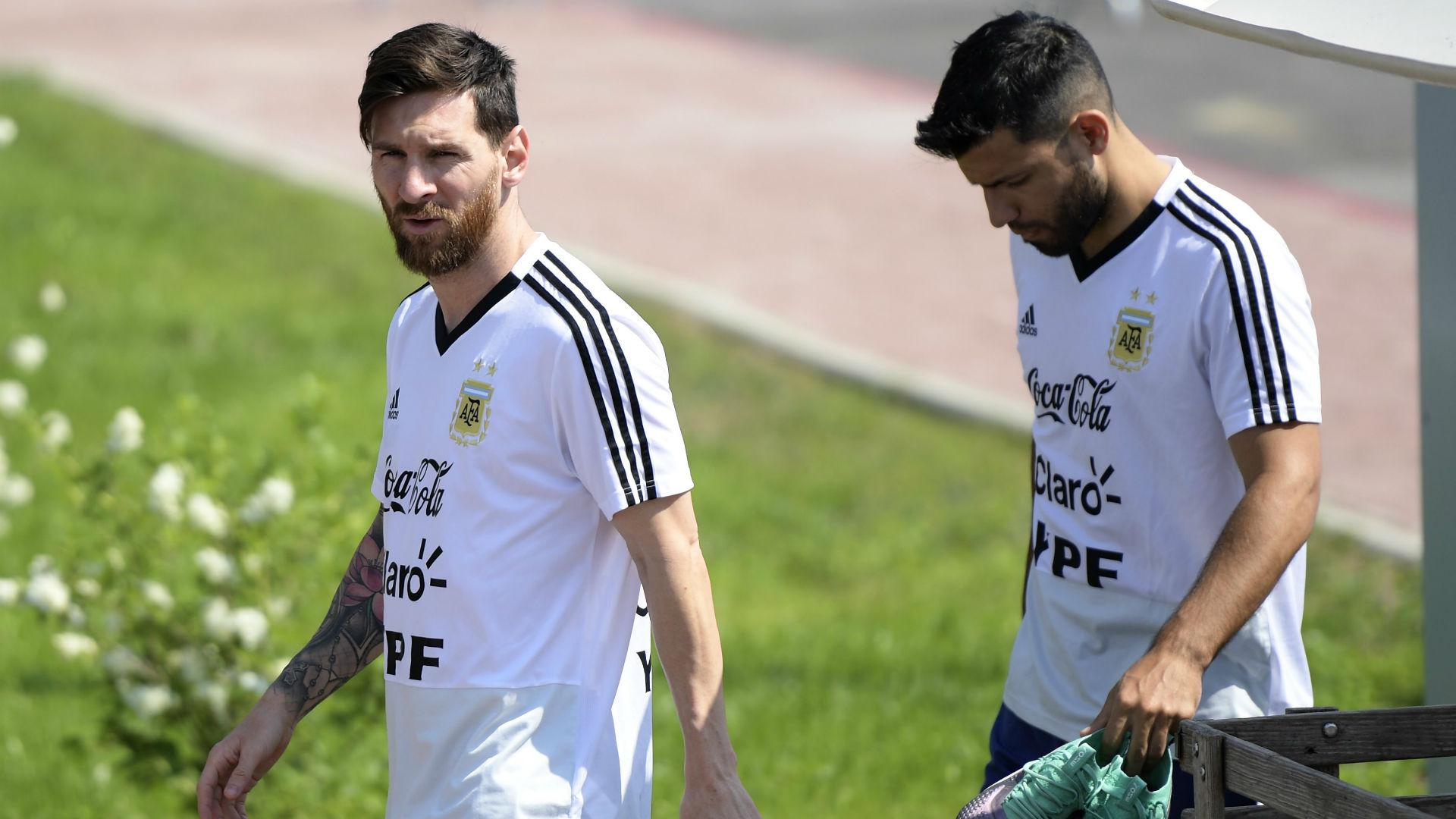 Messi Aguero Argentina 230618
