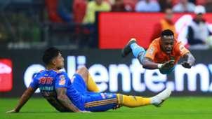 América Tigres Renato Ibarra Carlos Salcedo