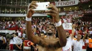Samuel Eto'o selfie Antalyaspor Galatasaray 09102017
