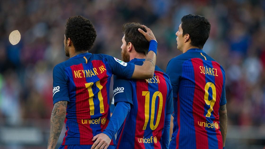 https://images.performgroup.com/di/library/GOAL/e2/8e/barcelona-messi-suarez-neymar_1imkx5dsanwbo1err5vficcncv.jpg?t=-1403343795&quality=90&h=630