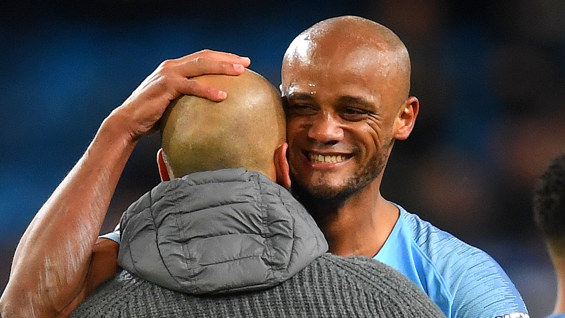 Bernardo Silva urges Man City to reward Vincent Kompany with new deal