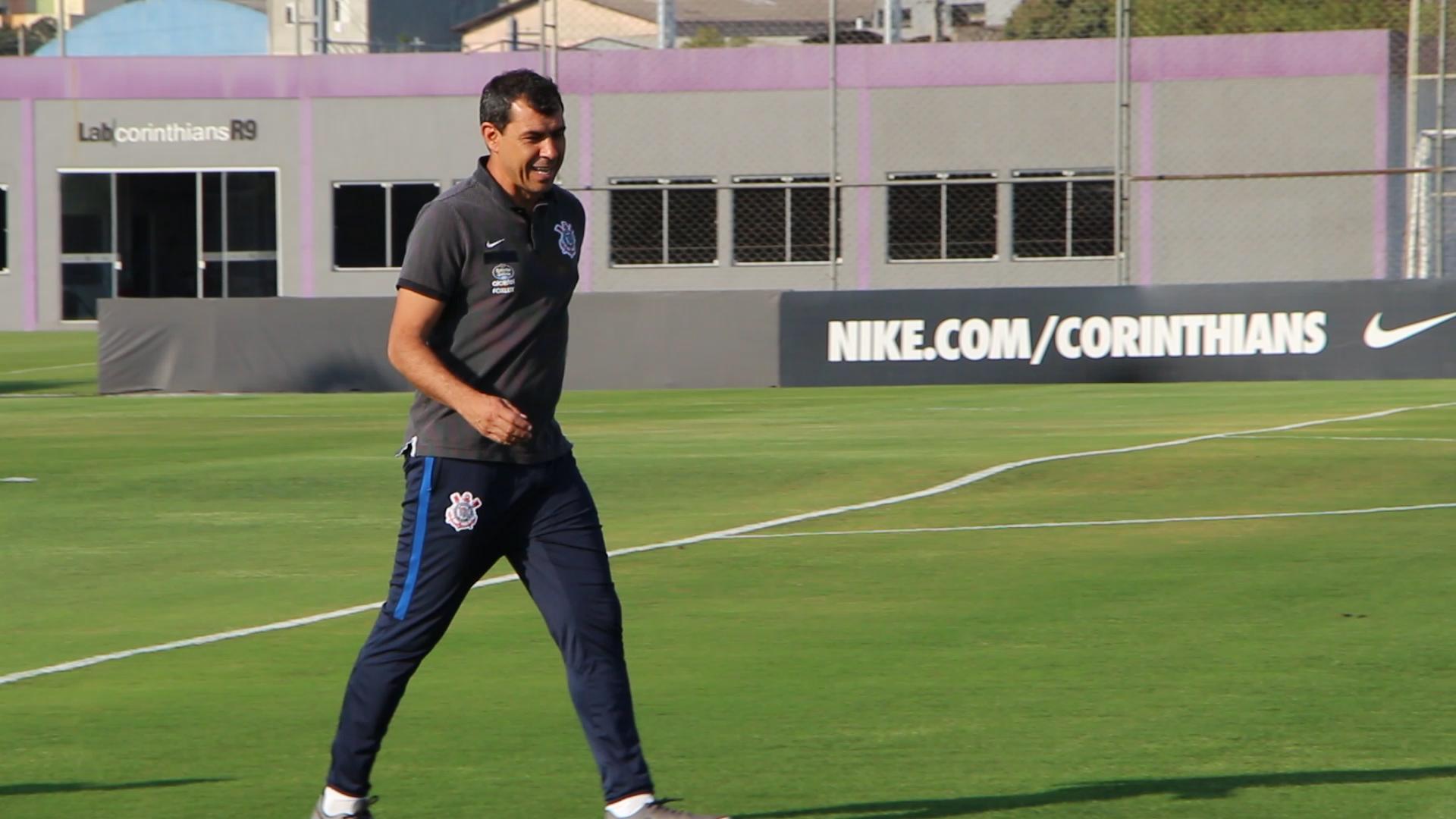 Jô retoma treinos e pode ser reforço do Corinthians na quarta