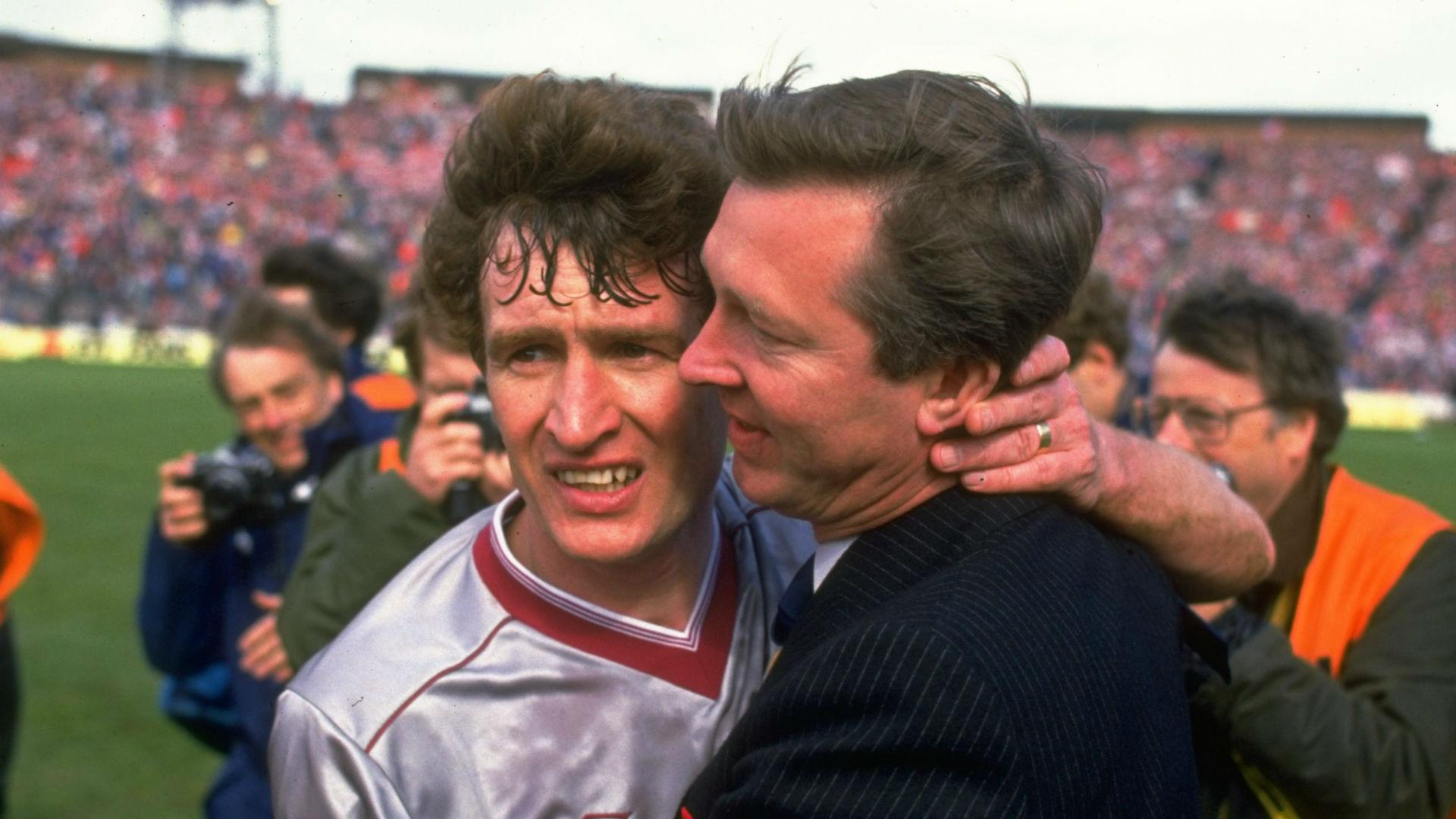 Sandy Jardine Hearts Alex Ferguson Aberdeen