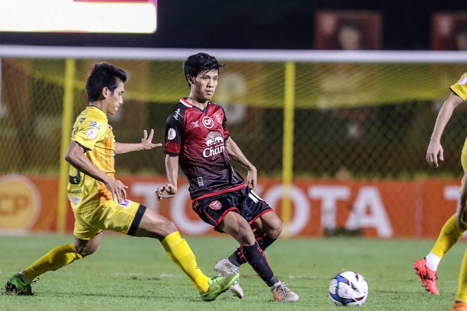 ผลการค้นหารูปภาพสำหรับ Toyota Thai League Player of the Week 8 : อ่อง ธู