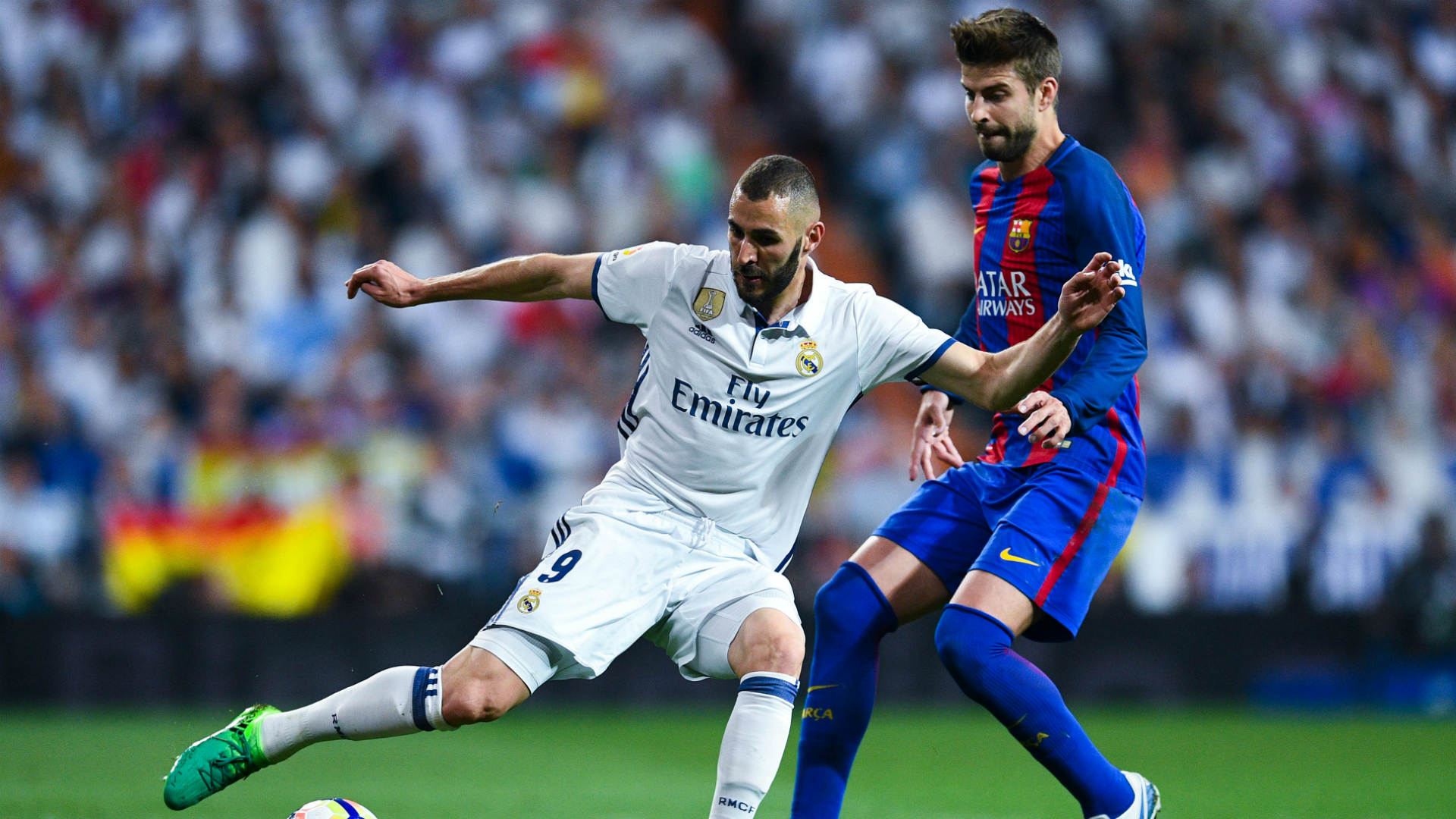 Real Madrid Barcelona Benzema Pique La Liga