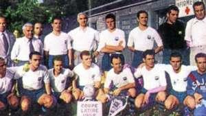 Barcelona branco Copa Latina 1952