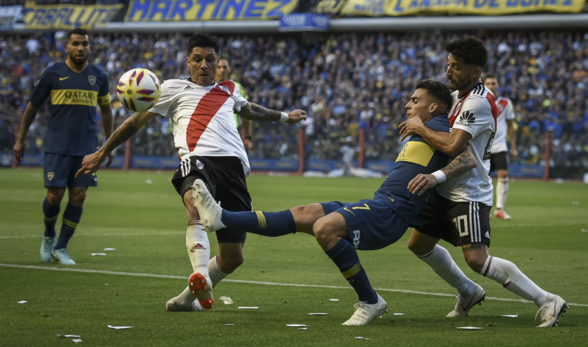 Gallardo celebra empate de Boca-River y causa polémica