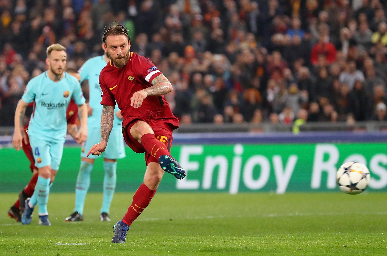 Daniele De Rossi vs Barcelona