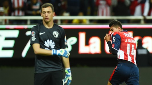 Agustin Marchesin Club America Angel Zaldivar Chivas