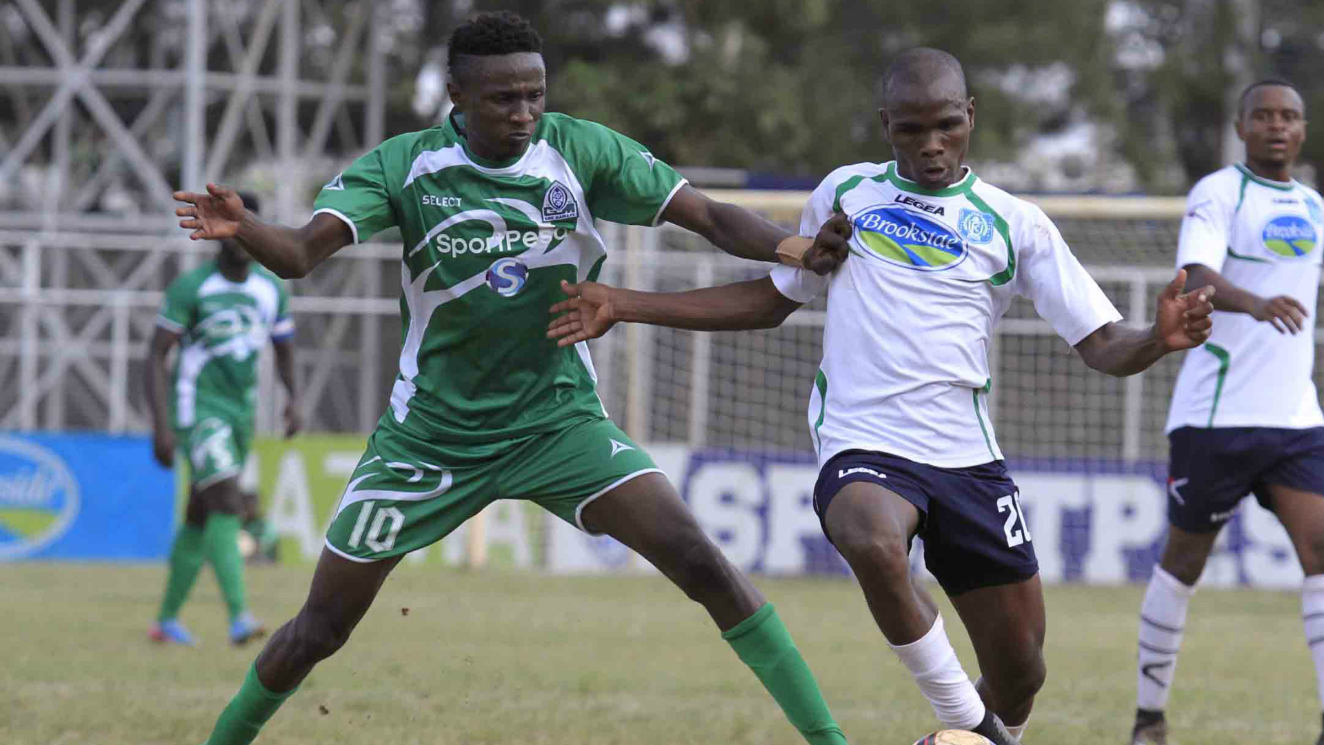 Kenneth Muguna of Gor Mahia v Thika United